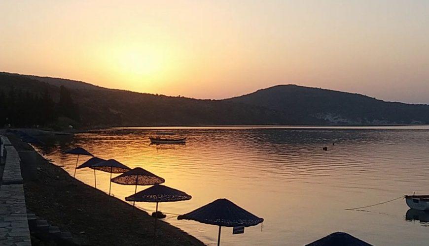 Taş Avlu Boutique Hotel. Izmir, Karaburun'da harika deniz manzaralı lüks butik otelimizde konaklamanın keyfini yaşayın.